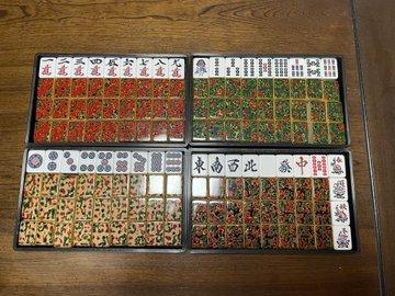 【最高位戦日本プロ麻雀協会】 遠山智子プロが「津軽塗麻雀牌」を開発、最終販売