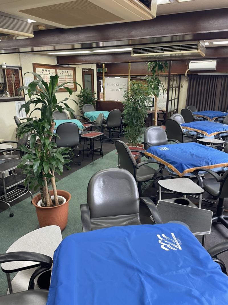 雀荘 麻雀クラブ 緑荘の写真