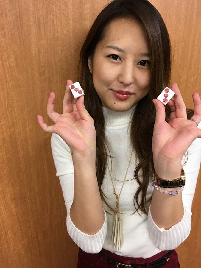 麻雀カボ 小倉店スタッフ 看板娘の山本秋桜里さん☆