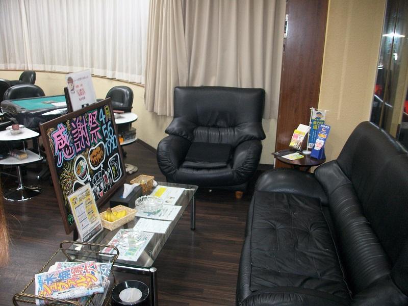 雀荘 麻雀カボ 静岡店の写真2