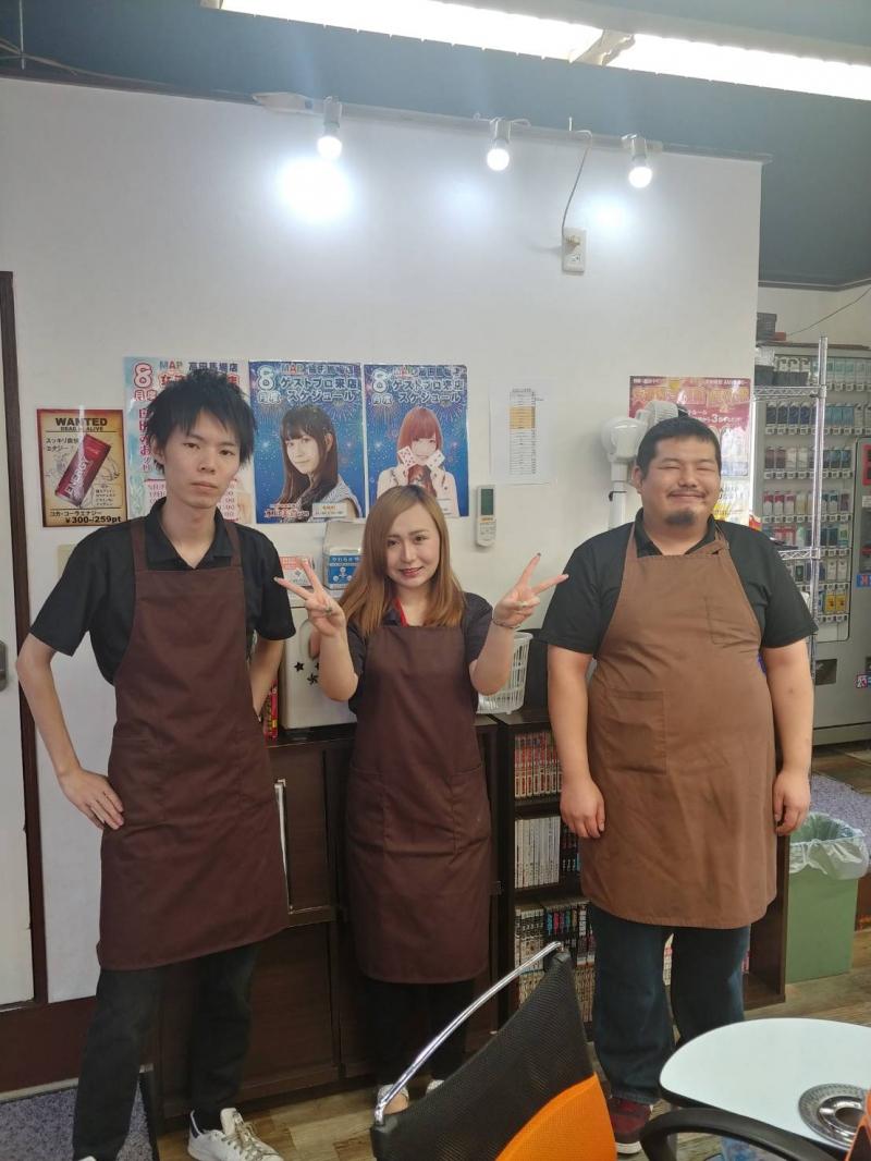まぁじゃんMAP 高田馬場店スタッフ 20代がメインの若くて活気のあるスタッフが揃っております!!!