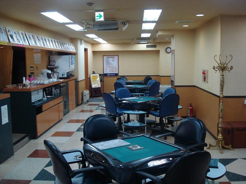 雀荘 麻雀カボ 町田店の写真3
