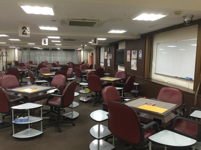 雀荘 麻雀夢道場 札幌店 [貸卓(2F) 麻雀教室(3F)]の店舗写真