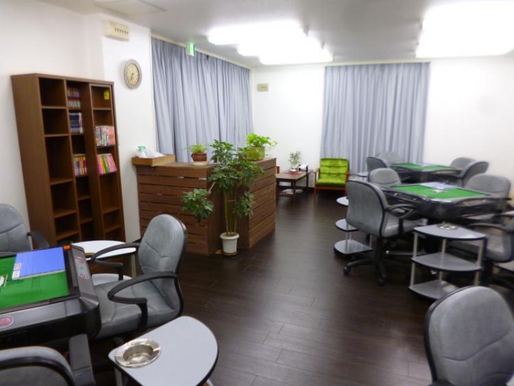 雀荘 麻雀Cafe 牌牌の店舗写真1