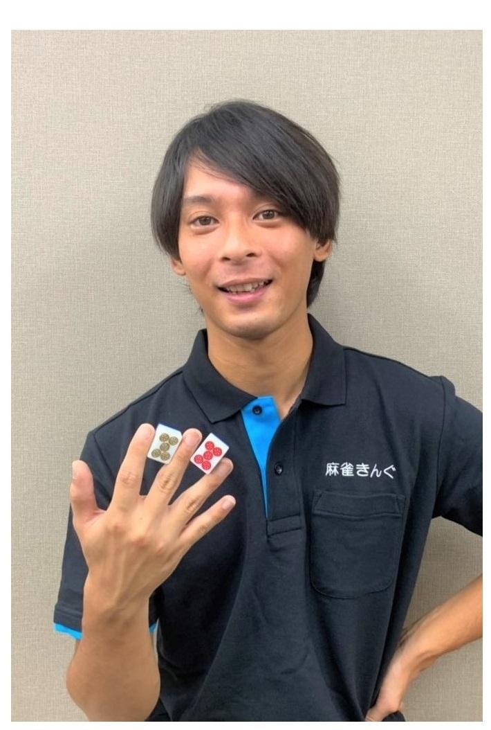 麻雀きんぐ 大阪天満三人打店スタッフ 店長の水根一也です。お客様みなさまの笑顔が毎日の励みになります。宜しくお願い致します!