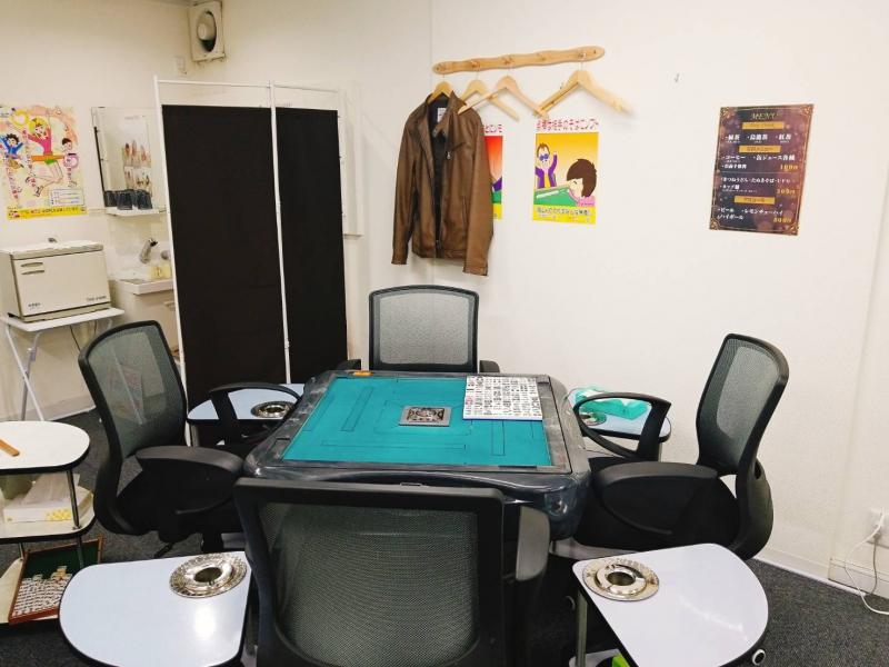 雀荘 Bucks(バックス)大阪日本橋店の写真4