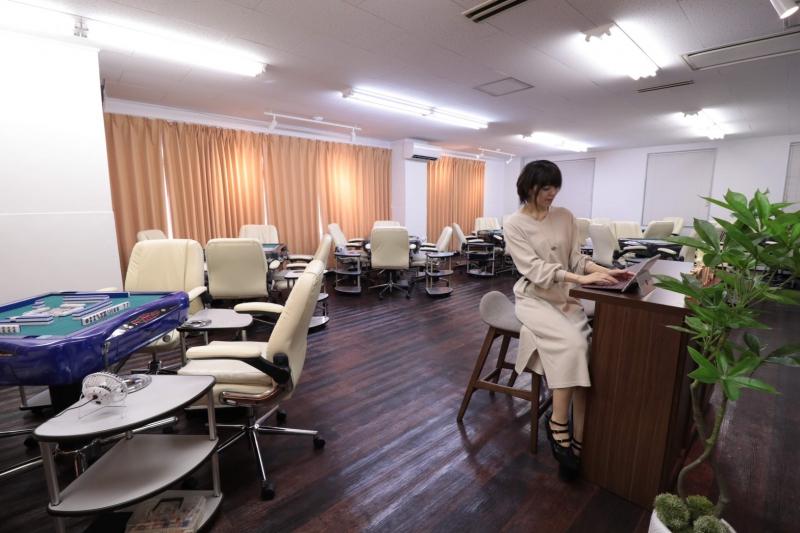 雀荘 まーじゃんカフェ キャナリィの写真3